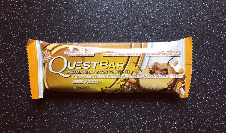 Chocolate Peanut Butter Quest Bar