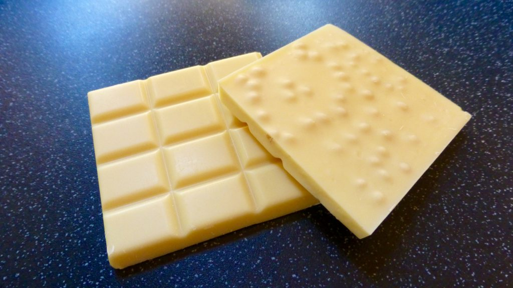 Creighton's Custard Cream Chocolate Bar