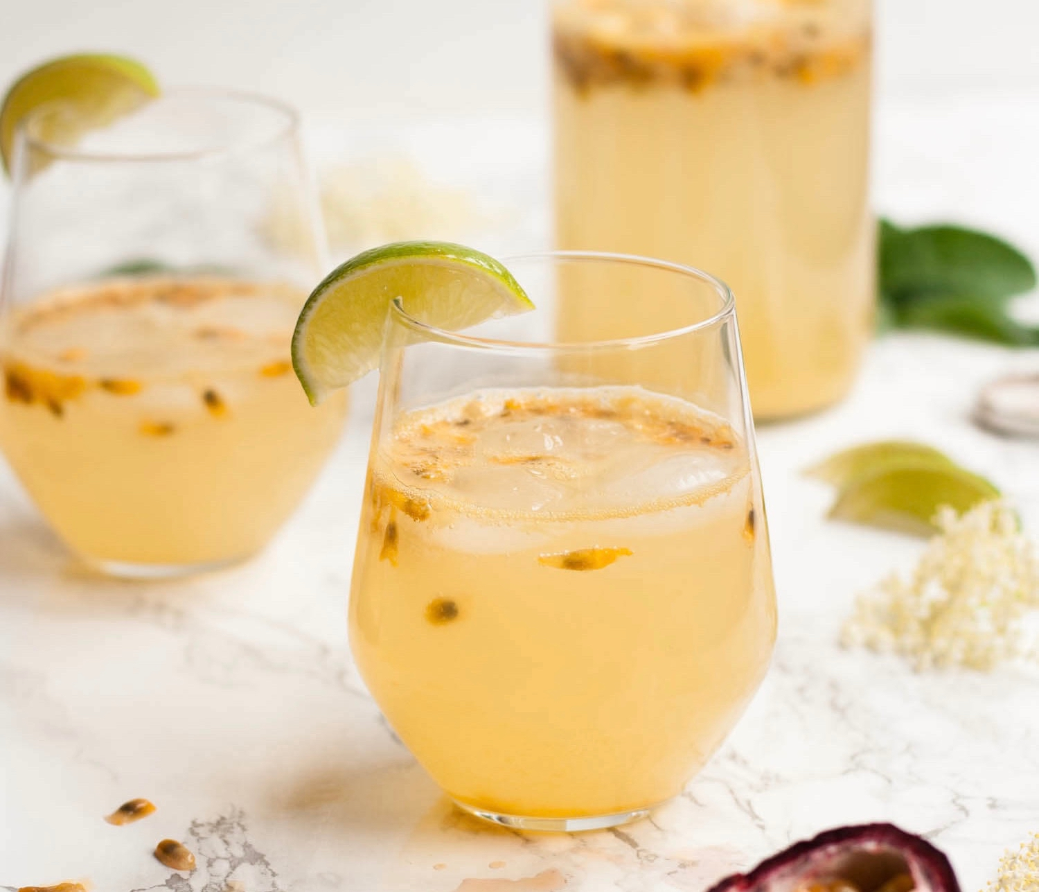 Passionfruit-and-Elderflower-Fizz