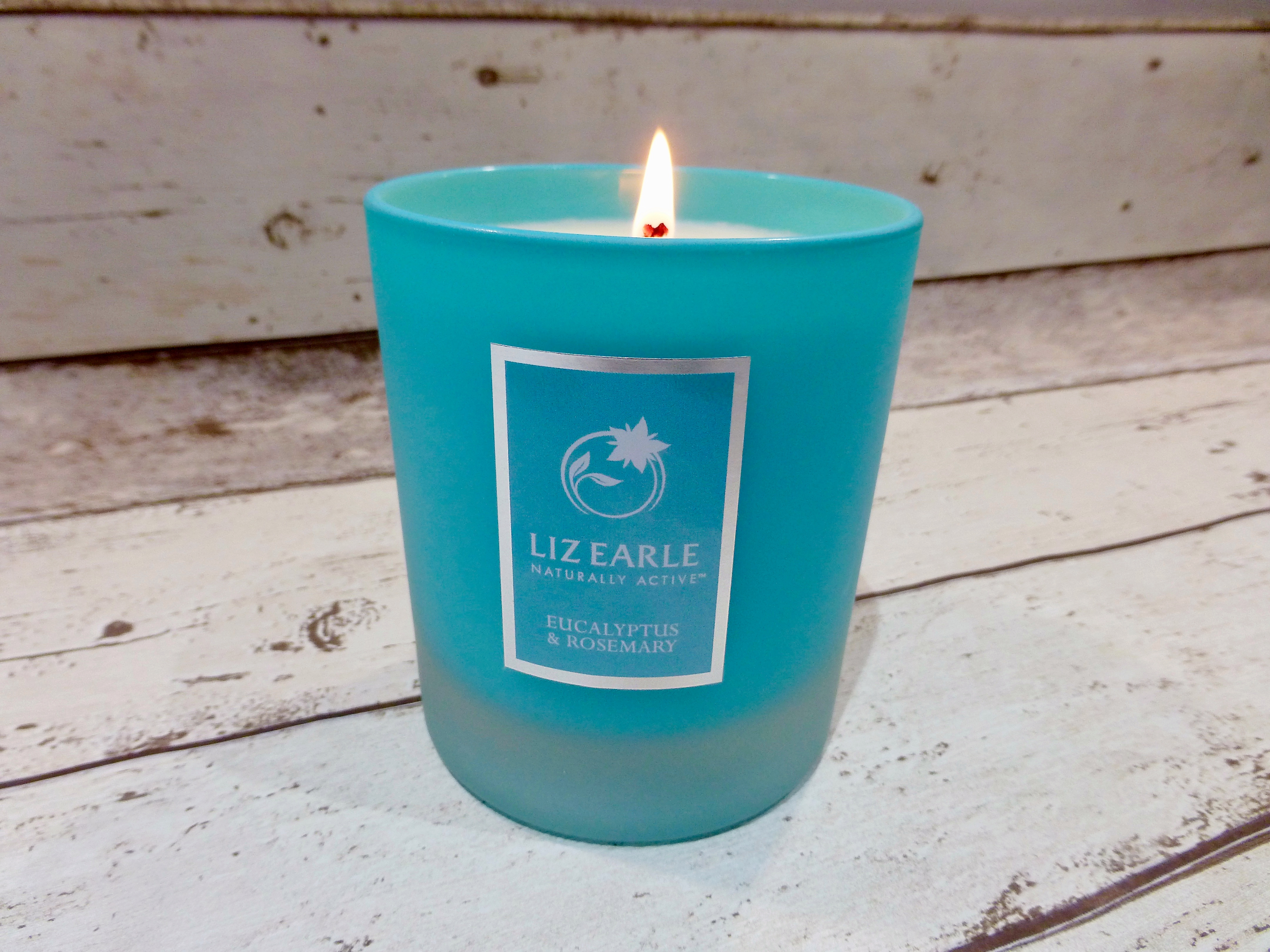 Liz Earle Eucaluptus and Rosemary Naturally Active Candle