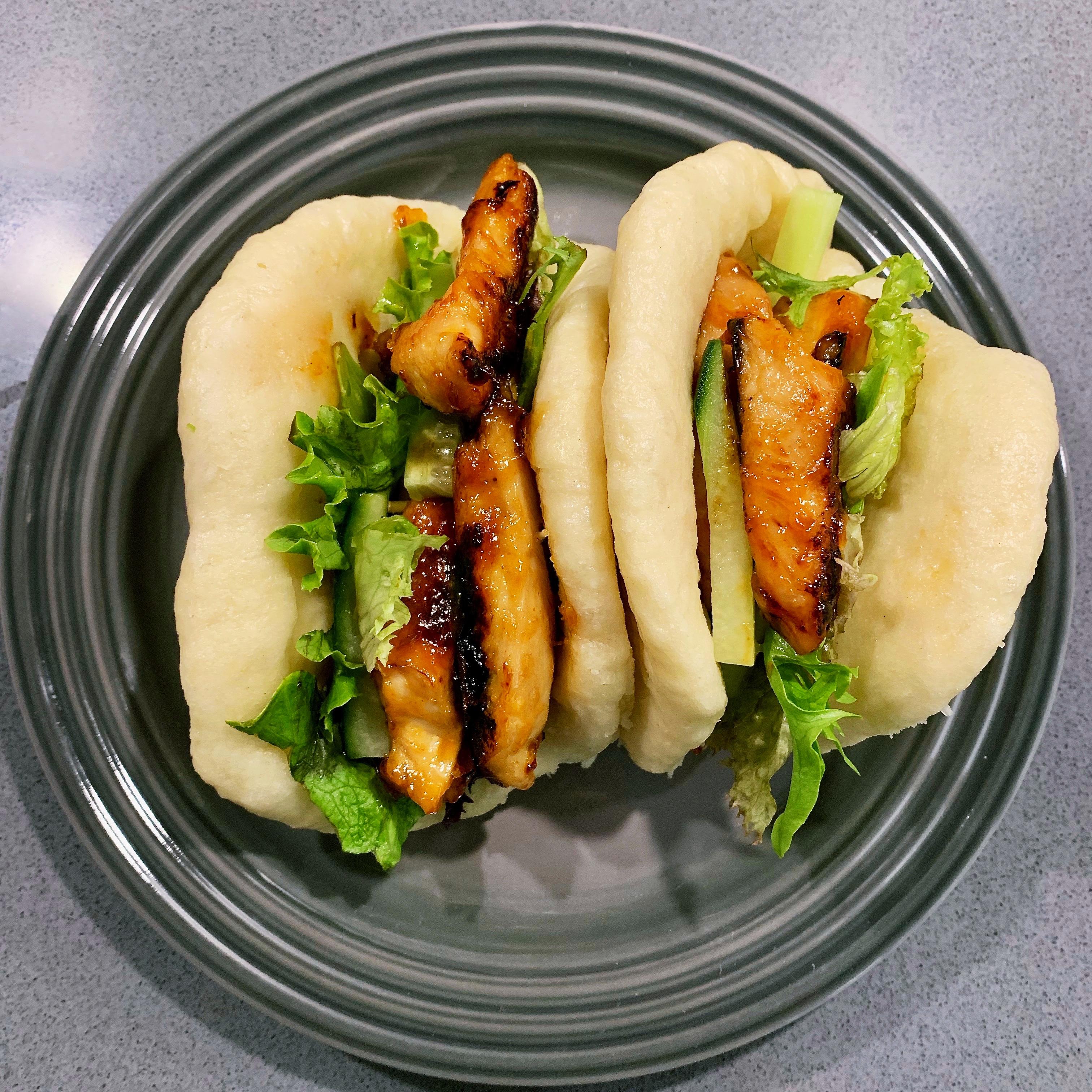 Geeta's Sauces Mango Sauce Bao Buns