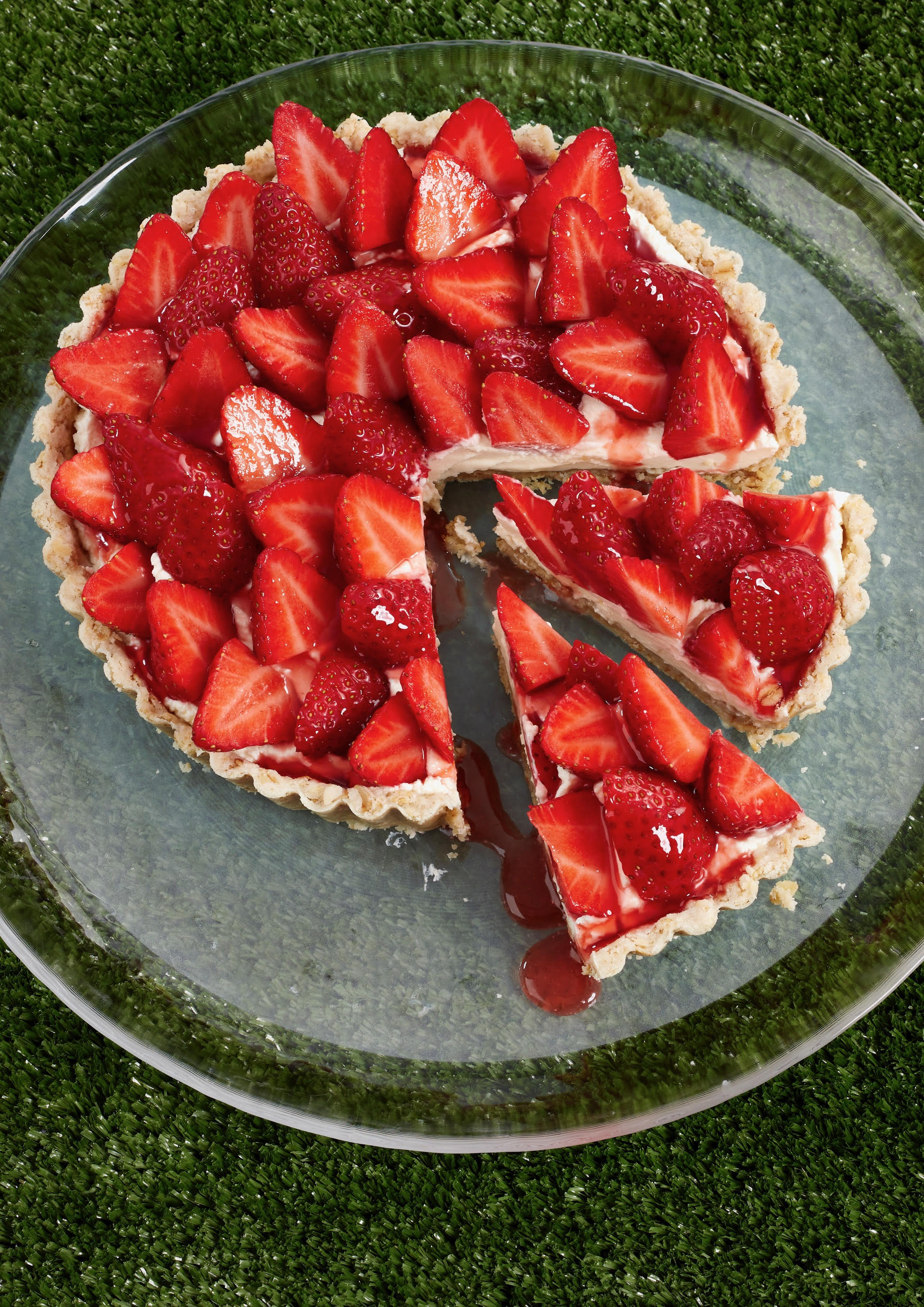 White's Oats Oaty Strawberry Cheesecake Tart